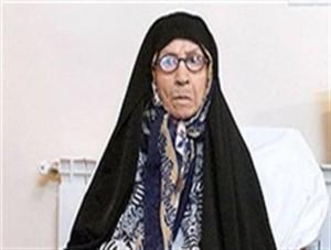 مادر حسن روحانی : احمدینژاد با پسرم خوب بود