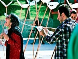 اکران فیلم حامی فتنه در سایه حمایت تمامقد وزیر فرهنگ و ارشاد!
