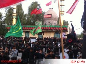 گزارش تصویری / عزاداری هیئت های مذهبی در جوار امامزاده شاه قطب الدین حیدر رودان