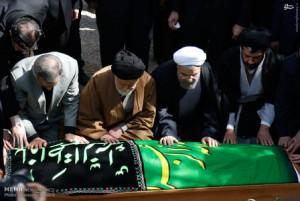 تصاویر/مراسم تشییع و خاکسپاری والده رییس جمهور