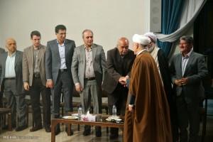 دیدار اعضای بنیاد فرهنگی کاشان بارئیس مجمع تشخیص مصلحت نظام (تصاویر)