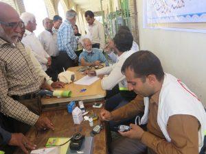 ایستگاه سلامت در محل نماز جمعه شهرستان رودان برپا شد+تصاویر