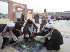 مردم و مسئولان رودان به مقام والای شهدا ادای احترام کردند