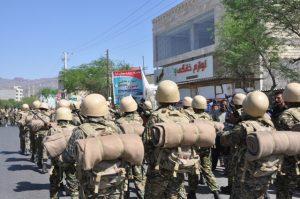 نمایش اقتدار نیروی های نظامی ،انتظامی و بسیج در رودان +تصویر