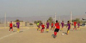مسابقات فوتبال نوجوانان رودان به نیمه نهایی رسید
