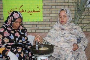 برگزاری جشنواره پخت و فروش غذا به نفع دانش آموزان نیازمند در بخش جغین +تصویر