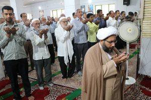 نماز عیدسعیدقربان در مسجدجامع رودان اقامه شد+تصاویر