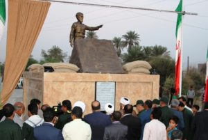 تندیس سردار سرلشکر شهید علی حاجبی در رودان رونمایی شد