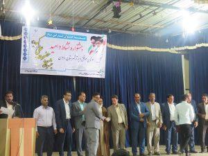 تجلیل از ۲۴ جوان برتر و نخبه رودانی در جشنواره حضرت علی اکبر(ع)+عکس
