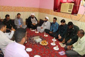مسئولان رودان با خانواده های معظم شهداء دیدار کردند+عکس