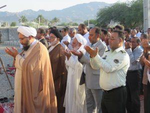 اقامه نماز عیدسعیدفطر در رودان/پایان نامه یک ماه بندگی خالصانه به درگاه خداوند متعال