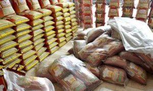 بیش از ۵۰ تن کالای اساسی برای تنظیم بازار در رودان توزیع شده است