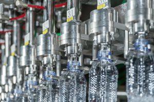 صدور ۲۲ مجوز سرمایهگذاری در قالب طرحهای آب بستهبندی و آشامیدنی در هرمزگان