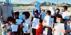یاد سردار دلها میان دانش آموزان روستای پشته گیش بیکاه رودان